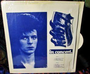 Bowie Ziggy in concert blu